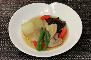 鶏肉と夏野菜の炊き合わせ
