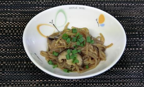 白滝と椎茸の煮物